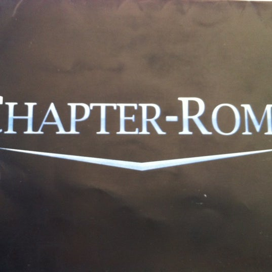 Photo taken at Chapter-Roma by Mauricio R. on 8/31/2012