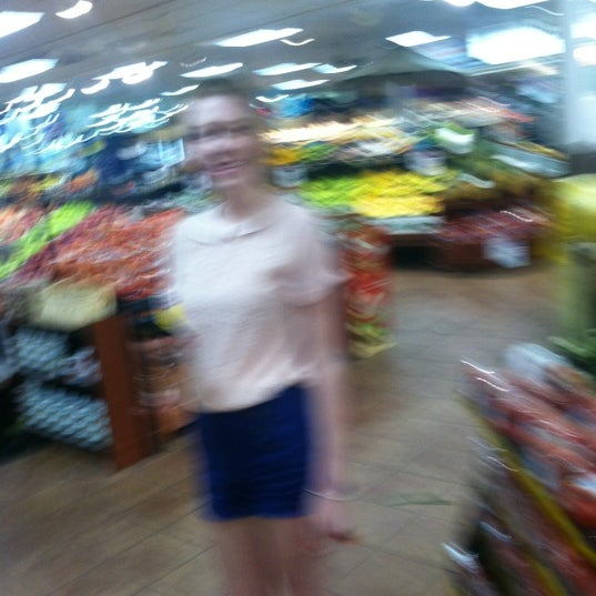 Photo taken at Price Chopper by Rayne P. on 5/20/2012