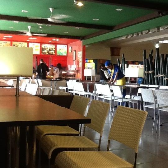 Photo taken at HokBen by キザイア on 7/2/2012