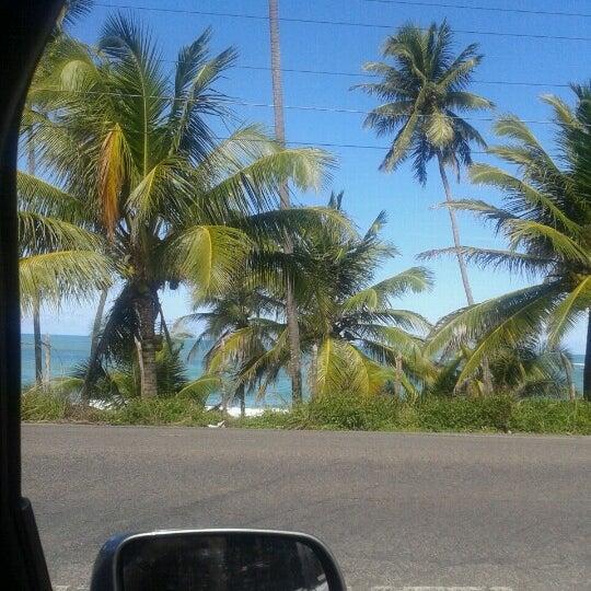 Foto tirada no(a) Praia Mirante da Sereia por (Tim Beta) Jéssica V. em 8/5/2012