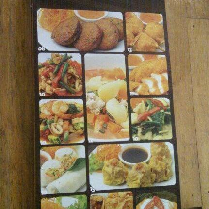 Photo taken at Taste of Thai by MohdFaizal M. on 5/6/2012
