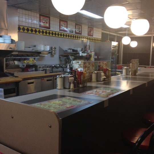 Photo taken at Waffle House by Wendy P. on 8/19/2012