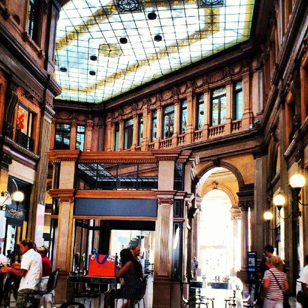 Foto scattata a Galleria Alberto Sordi da Pier A. il 8/5/2012
