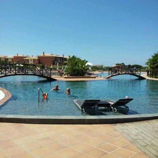 Foto tirada no(a) Monte Santo Resort por Patrícia S. em 6/19/2012