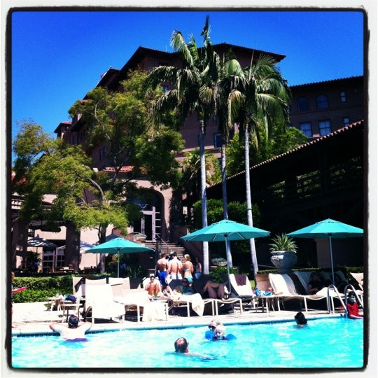 Photo taken at Langham Huntington Hotel by Laura L. on 7/21/2012