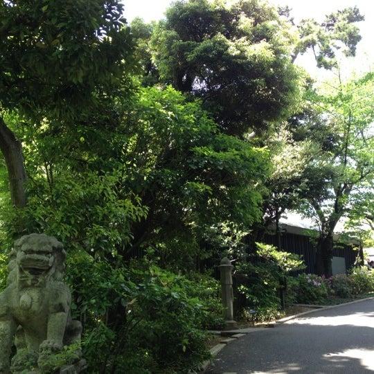 Photo taken at Nezu Museum by Rahi ら. on 5/13/2012