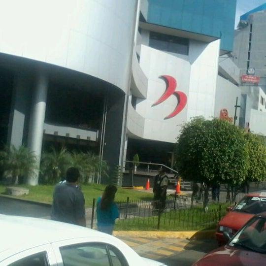 Banco de la naci n oficina principal building in san for Oficina principal banco popular