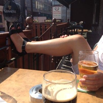 Foto tomada en Hurley's Irish Pub por David el 8/4/2012