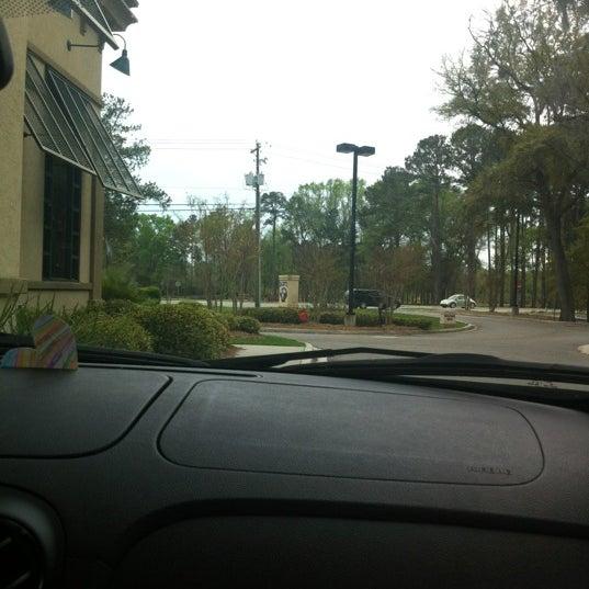 Photo taken at Zaxby's Chicken Fingers & Buffalo Wings by Shonda B. on 3/18/2012