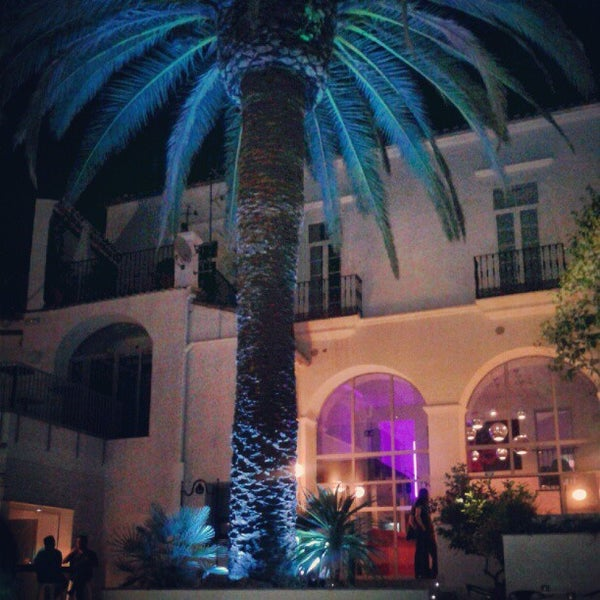 Foto tomada en Mastropiero Gastrobar y Jardín por fenrique s. el 8/28/2012