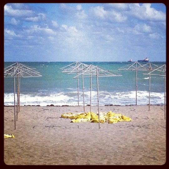 Foto scattata a Централен Плаж Бургас (Burgas Central Beach) da Desislava G. il 9/11/2012