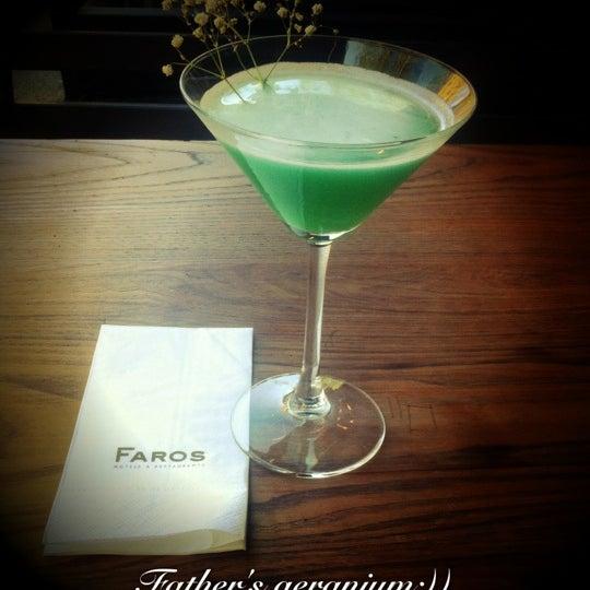 6/21/2012 tarihinde Ruken T.ziyaretçi tarafından Faros Restaurant'de çekilen fotoğraf