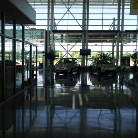Photo taken at Shreveport Regional Airport (SHV) by Howard B. on 5/7/2012