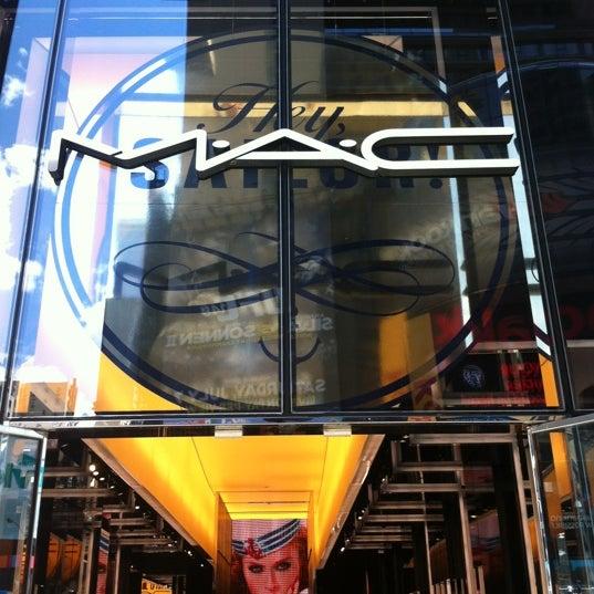 Photo taken at MAC Cosmetics by Nilson M. on 6/23/2012