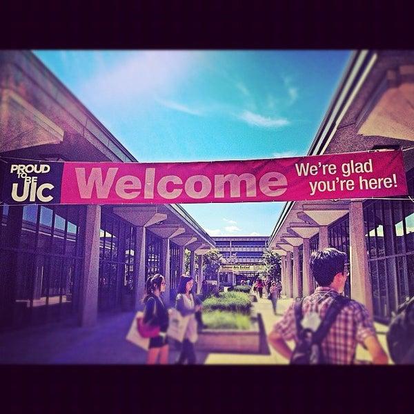 Photo prise au UIC Student Center East par Arwa A. le8/26/2012