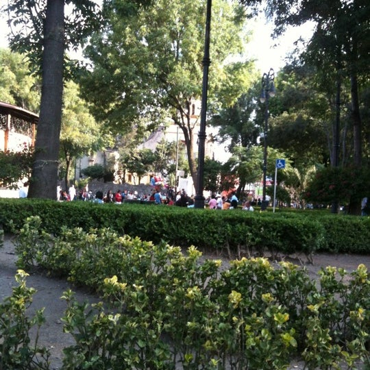 Photo taken at Jardín Hidalgo by Nadxiely P. on 5/19/2012