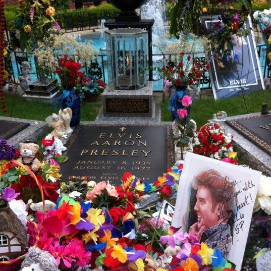 8/16/2012에 Barbara R.님이 그레이슬랜드에서 찍은 사진