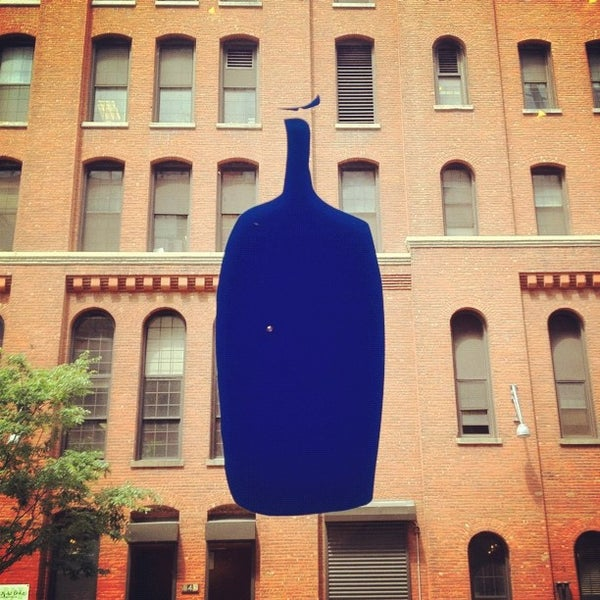 Снимок сделан в Blue Bottle Coffee пользователем Kathryn T. 6/19/2012
