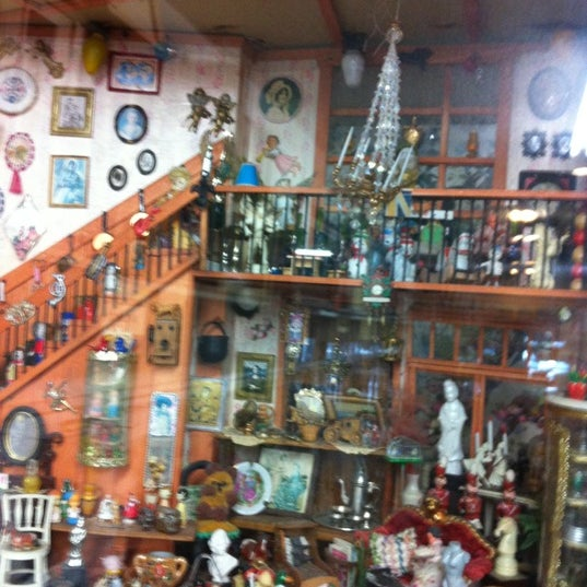 Dollhouse Miniatures In Las Vegas: Hobby Shop In Arden