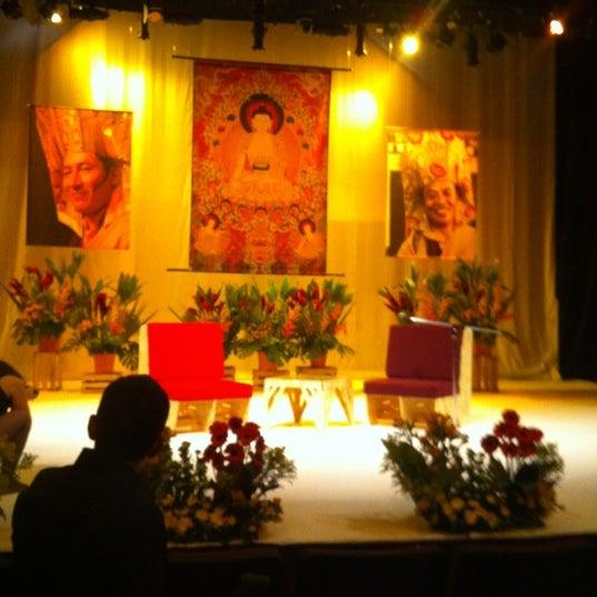Foto tomada en Teatro Hidalgo por Patti S. el 4/25/2012