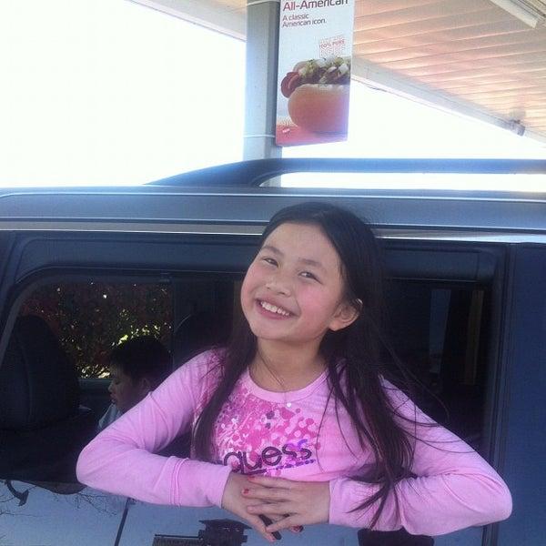 4/14/2012にGilbert L.がSONIC Drive Inで撮った写真