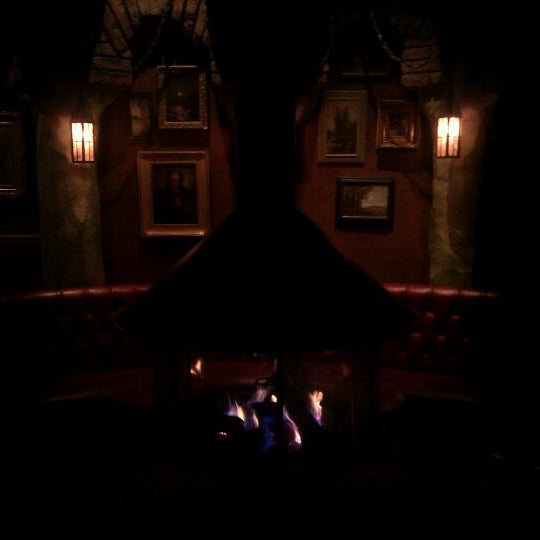 Photo taken at The Griffin by Holger I. on 4/21/2012