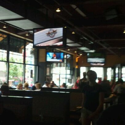 Photo taken at Cask 'n Flagon by Jared C. on 5/25/2012