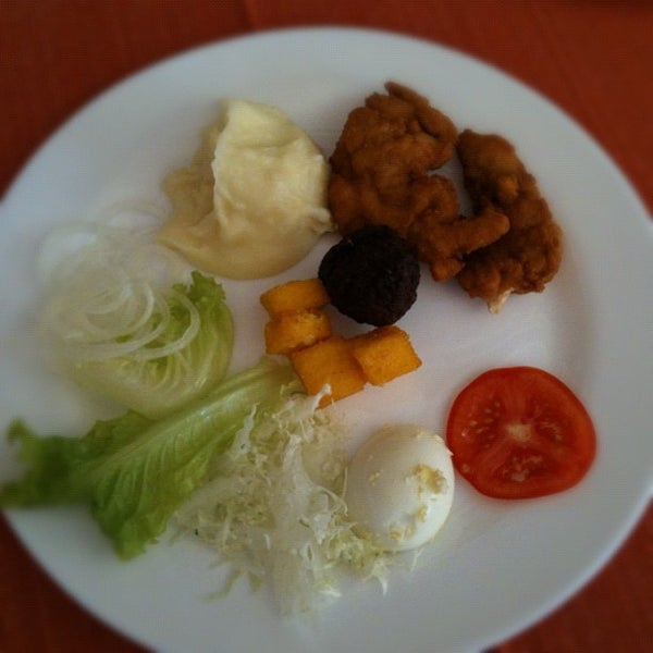 Foto tirada no(a) Restaurante da Família por Cristiano L G. em 5/22/2012
