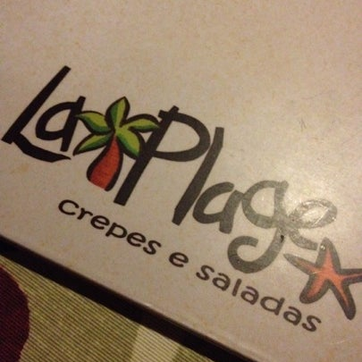Photo taken at Bercy Village - Crepes e Saladas by Bruno B. on 8/8/2012