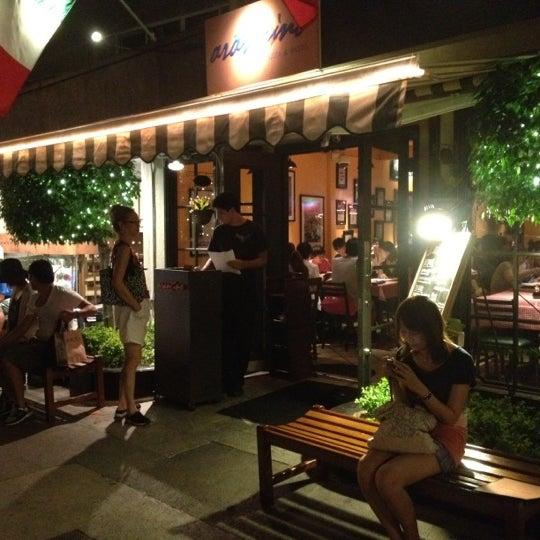 General's Daughter Restaurant