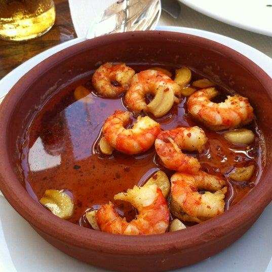 8/26/2012 tarihinde Bülentziyaretçi tarafından İyot Restaurant'de çekilen fotoğraf
