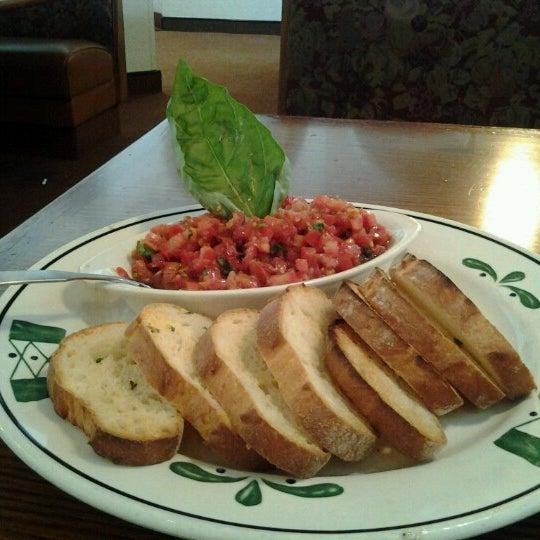 Olive garden italian restaurant in southgate for Olive garden soup salad and breadsticks dinner