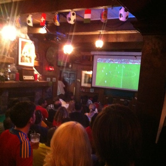 Photo taken at The Richmond Arms Pub by gema on 6/23/2012