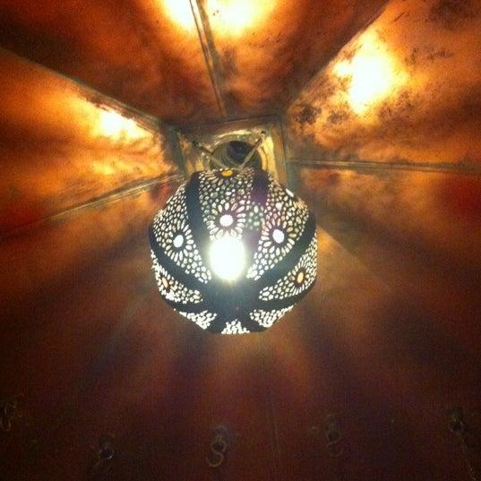 Снимок сделан в Кофейня «Кардамон» и лавка «Коллекция Пустяков» пользователем Xenia 6/30/2012