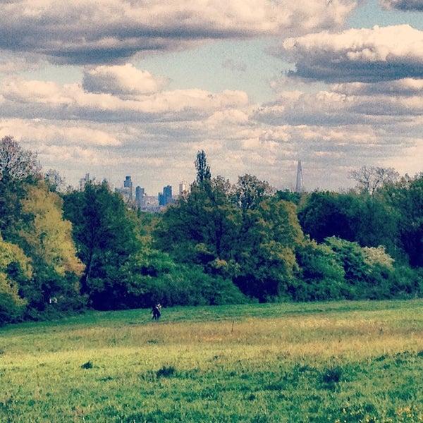 5/12/2012 tarihinde Baydr Y.ziyaretçi tarafından Hampstead Heath'de çekilen fotoğraf