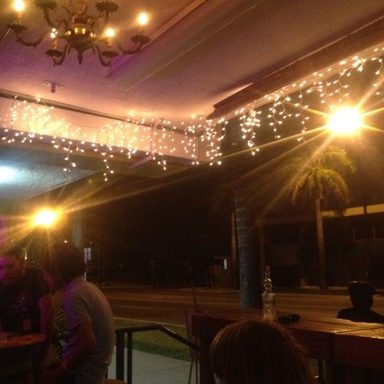 Foto tomada en Rincon Escondido Cafe por Cynthia S. el 3/23/2012