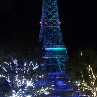 photo taken at eiffel tower kings dominion by vinny d on 85 - Kings Dominion Christmas