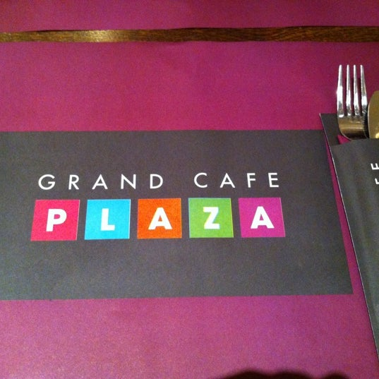 Photo taken at Grand Café Plaza by Kenneth N. on 3/30/2012
