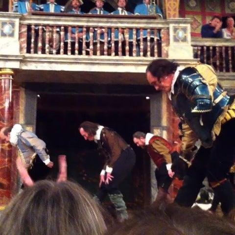 Photo taken at Shakespeare's Globe Theatre by Alina K. on 7/28/2012