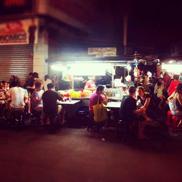 Photo taken at Chulia St. Night Hawker Stalls by Rachel C. on 4/29/2012
