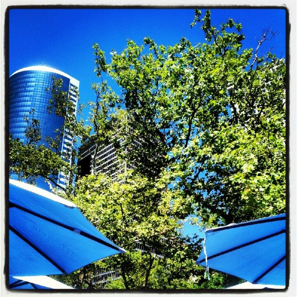 Beer Garden at Battery Gardens - Financial District - 24 tips from ...