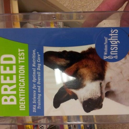 Photo taken at PetSmart by Martin W. on 8/27/2012