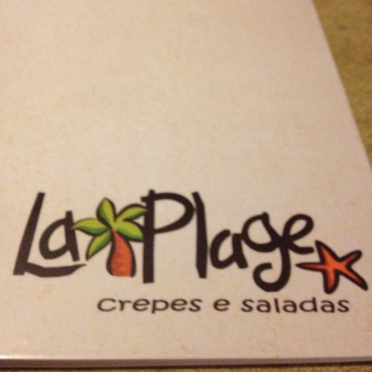 Photo taken at Bercy Village - Crepes e Saladas by Mendelyeev M. on 6/17/2012
