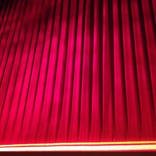 6/9/2012にJustin J.がBroadway Theatreで撮った写真