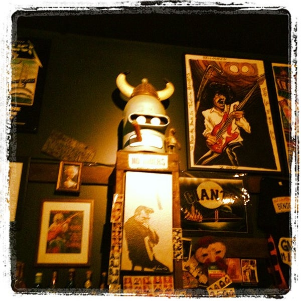 Photo taken at Bender's Bar & Grill by Rob S. on 5/9/2012