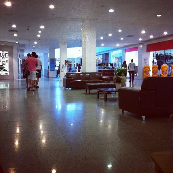 Foto tirada no(a) Via Parque Shopping por Júlio A. em 7/7/2012
