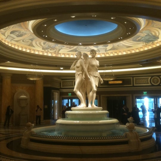 Photo taken at Caesars Palace Hotel & Casino by Aaron T. on 2/12/2012