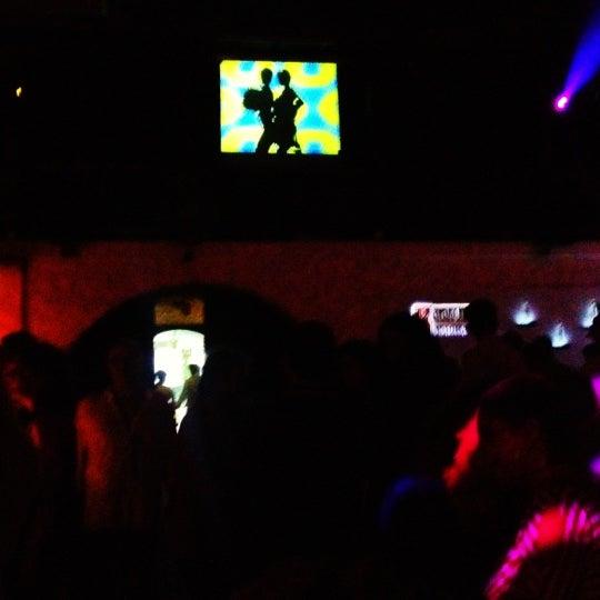 8/10/2012 tarihinde Can K.ziyaretçi tarafından NewOld Club'de çekilen fotoğraf