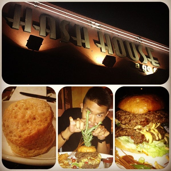 Photo taken at Hash House a Go Go by Justin R. on 8/11/2012
