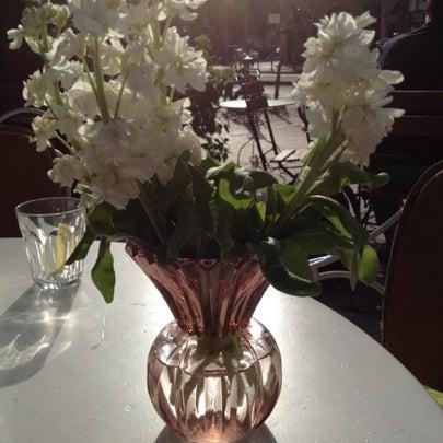 Das Foto wurde bei Café Maingold von Prinz Hessin L. am 7/18/2012 aufgenommen